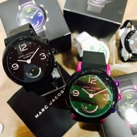 MARC JACOBS hybrid watch!